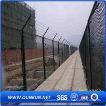 En gros vente chaude chaîne lien clôture