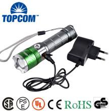 Alumínio 4 modos Zoomable recarregável LED tocha lanterna poder com banda de onda 400NM UV LED