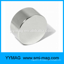 Heißer Verkauf kundengebundener NICUNI beschichtete Neodym-Scheibe N52 Magnet