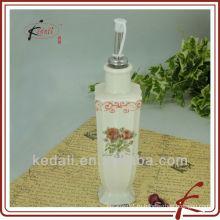 Квадратная бутылка для масла или уксуса