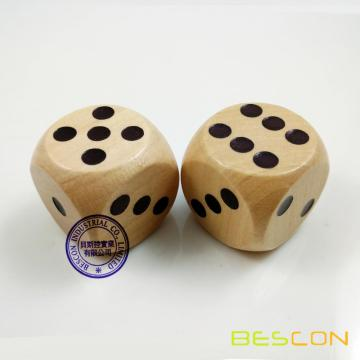 Top Quality Round Wooden Dice 30MM with Standard Dots