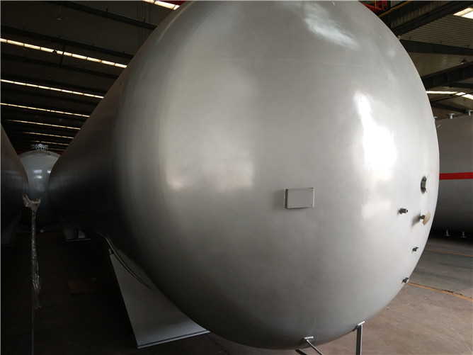 Liquid Ammonia Storage Tanks
