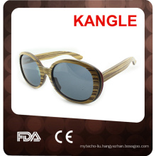 2017 fashion polarized wooden sunglasses printed with logo lens