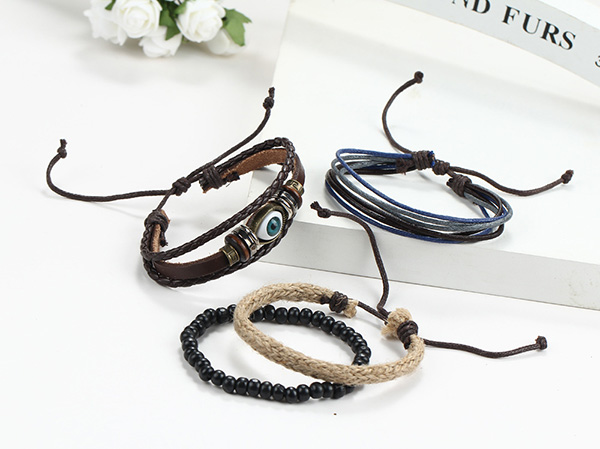 Wooden Bead Eye Charm Leather Bangle