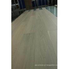 Revestimento de madeira envernizado branco lavado do carvalho da categoria do carvalho da categoria do Ab
