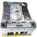 Molde de inyección para piezas plásticas