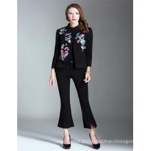 OEM Hot Sale Black 2017 Mulheres bordadas atacado Short StyleTrench Coat