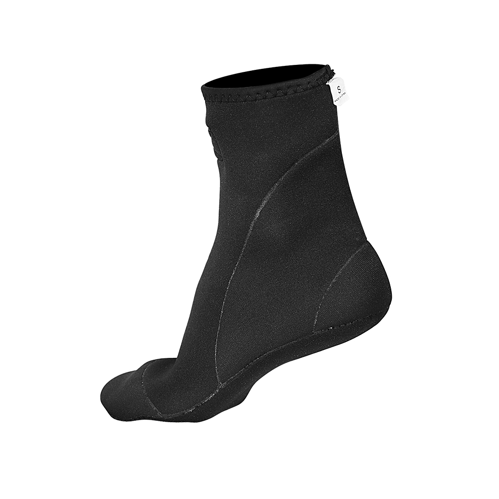 black neoprene socks
