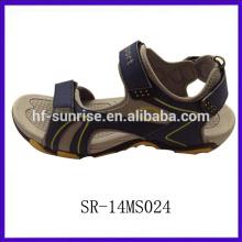 Nuevas sandalias de la playa del verano para los hombres hombres se divierten sandalias nuevas sandalias de los hombres del diseño