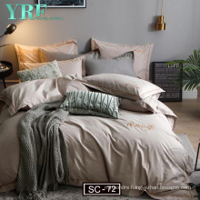 Hot Selling Microfiber Filling Soft Tough King Size Reversible Stripe Print Quilt Bedding Set