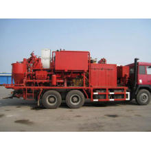Semi-automatic slurry cementing cement truck for oilfield