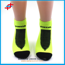 Antibacterial Super Warm Medical Compression Ankle Socks/OEM Men Cushioned Low-cut Socks With Bright Color