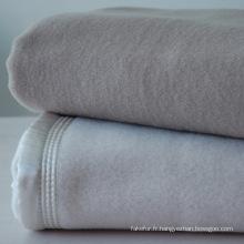 Couverture de 100 % laine australienne très douce