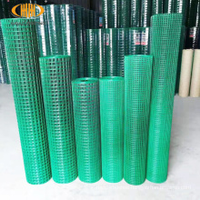 Ready to ship 3x3cm  1.6mm wire 18m green fencing net iron wire mesh roll