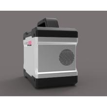 Sistema casero solar plástico al por mayor del nuevo diseño para el cargador del teléfono móvil y el surtidor llevado de la iluminación
