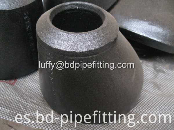 Alloy pipe fitting (376)