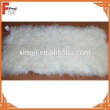 Plaque de fourrure d'agneau tibétaine blanche bouclée blanchie