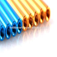 Verschiedene Farben M3x5.0x30mm Aluminium runden Abstandhalter / Abstandhalter / Säule