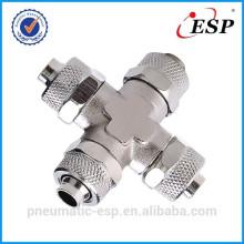 montaje de metal neumático para el tipo de cruz de unión de tubo de plástico