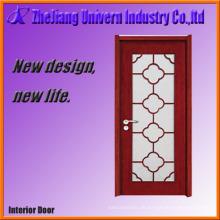 Holztür mit Glassichtscheibe