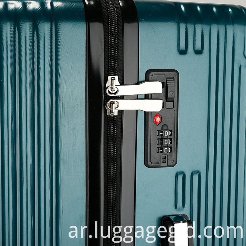 Hardside spinner luggage suitcase