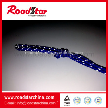 Attractive style reflective lanyard