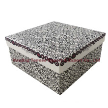 Caja de regalo grande grande llana con la tapa