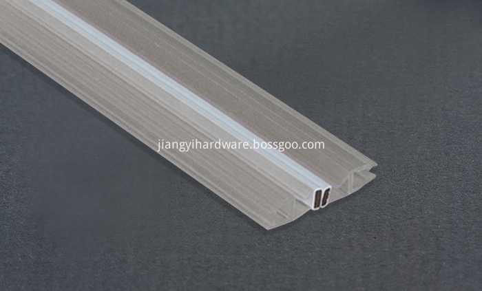 Magnet shower screen rubber seal