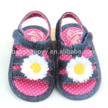 Chaussures de bébé plus récentes en tissu
