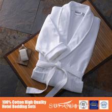 Albornoz 100% de la calidad del hotel del algodón con el borde