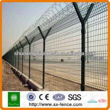 Cerca do arame farpado do aeroporto com amostra grátis (fábrica ISO9001)