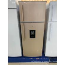 Frigorífico com congelador superior com porta dupla e dispensador de água