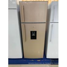 Refrigerador con congelador superior de doble puerta con dispensador de agua