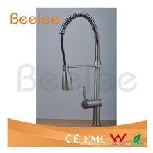 China Sanitary Ware Pull-Down Spray Cold and Hot Water Brushed Nickle Spring Kitchen Faucet