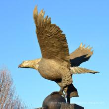 fundição de bronze decoração ao ar livre ofício do metal grande estátua de bronze da águia