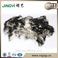 Piel de oveja mongol mullida de color verde oscuro