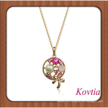 Exquisite lollipop shape pendant inlay crystal and pearl necklace
