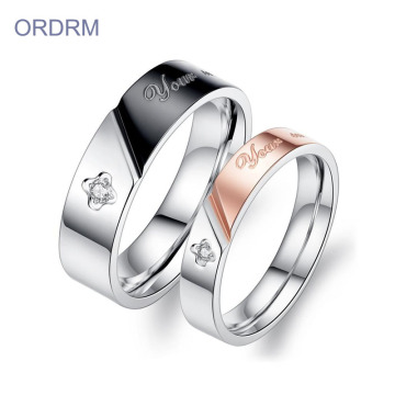 Perhiasan Stainless Steel Cubic Zirconia Wedding Ring Set