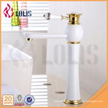 Qualität Sanitärware hohe weiße Malerei Badezimmer Mixer Waschbecken Wasserhahn