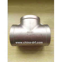 Form a Complete Set of Valve, Pipe Fittings, Stainless Steel Tee