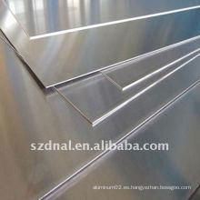 Hoja de la aleación de aluminio 8011 usada en casquillos y embalaje.