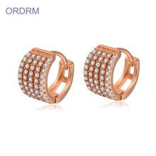Pendientes de aro de oro rosa de 14k de cristal minúsculo