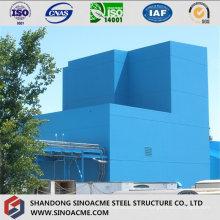 Bâtiment industriel à structure lourde en acier avec galerie