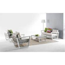 Aluminium für Tische und Stühle im Freien