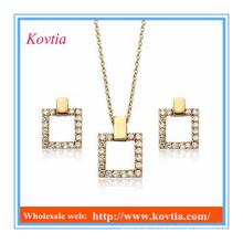 Покрытые золотом ювелирные изделия 18k устанавливают комплекты диаманта cz ювелирных изделий dubai изготовленные на заказ квадрат формы cz