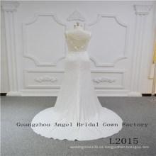 Vestido de novia de satén con falda de encaje en la parte superior de la correa de espagueti
