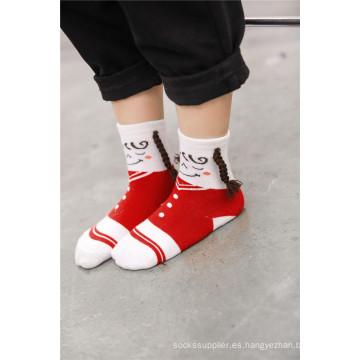 Los calcetines lindos del algodón de la muchacha caliente de la venta diseñan diseños hermosos de la trenza