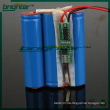 Bohrwerkzeuge mit 3,7 V Lithium-Ionen-Akku betrieben