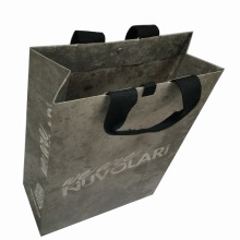 Saco de presente de saco de compras de sacola de papel com cacifo de botão