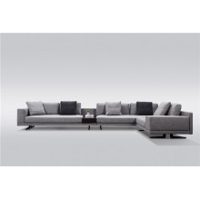 Modernes Sofa mit Chaiselongue